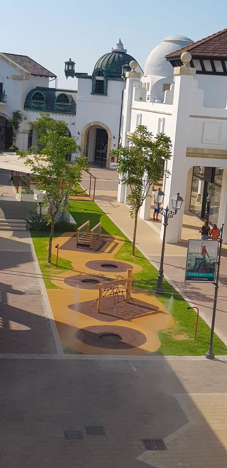 Puglia Outlet Village - Play area - Solids | Integrated Design Solutions