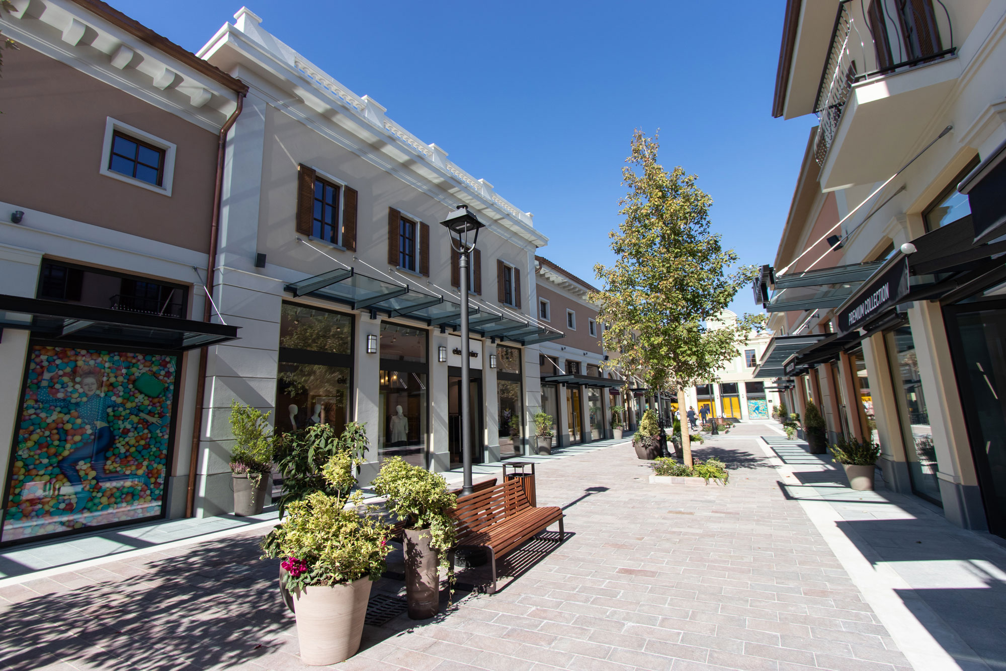 Franciacorta Outlet Village - Solids   Integrated Design Solutions